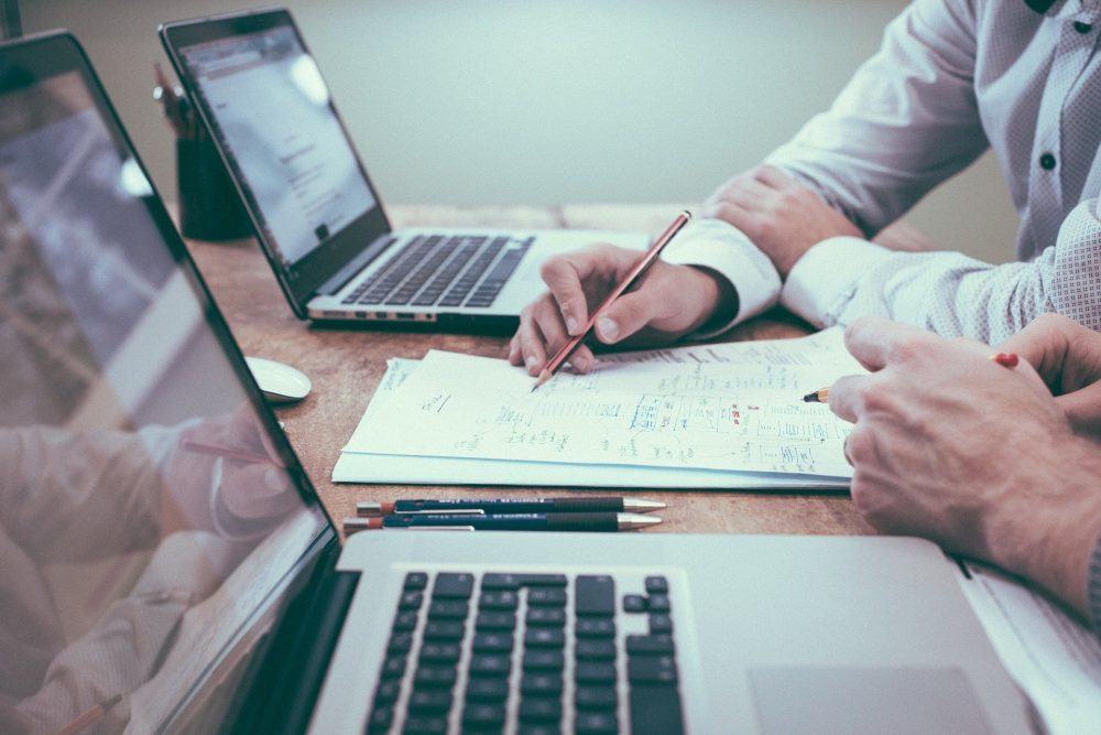 How Online Reputation Management Can Highlight Your Digital Portfolio