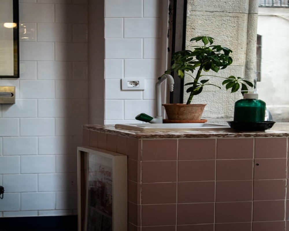 What the popular types of Tile for Wall and Bathroom?